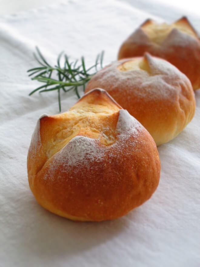 夏のプチパン ローズマリーの香り